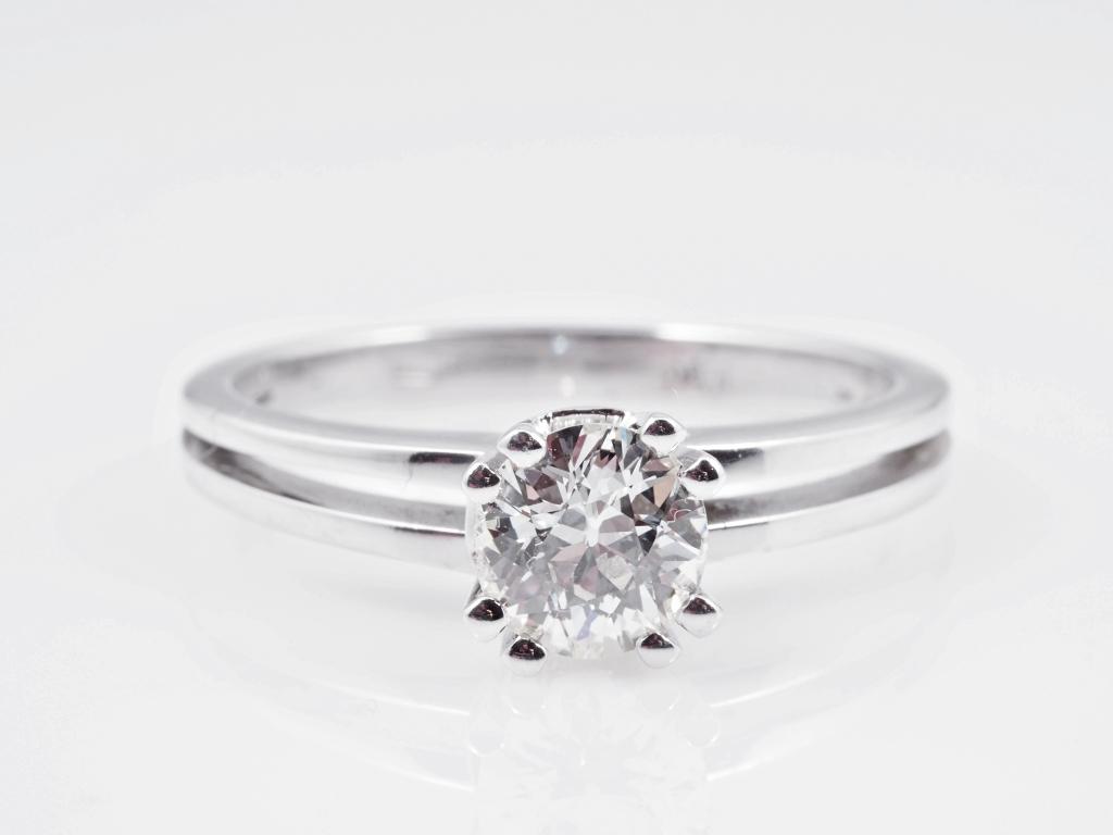 ring 0 70 karat solit r diamant 750 weiss gold wert ca eur ebay. Black Bedroom Furniture Sets. Home Design Ideas
