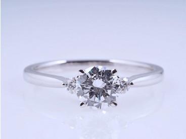 Ring 0,76 Karat Brillant 0,10 Karat Brillanten IGI Expertise 750 Gold neu