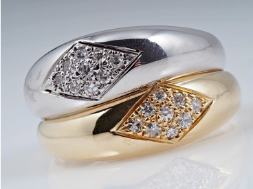 zwei Ringe 0,18 Karat Diamanten 585 Weiß Gelb Gold Wert: ca. 1.400,- EUR