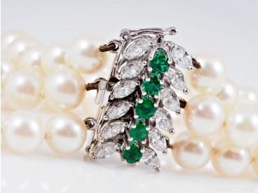 Akoya Zucht Perlen Armband Diamanten Smaragde 750 Gold 18 Karat