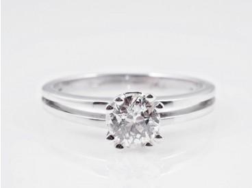 Ring 0,70 Karat Solitär Diamant 750 Weiss Gold Wert: ca. 3.100,- EUR