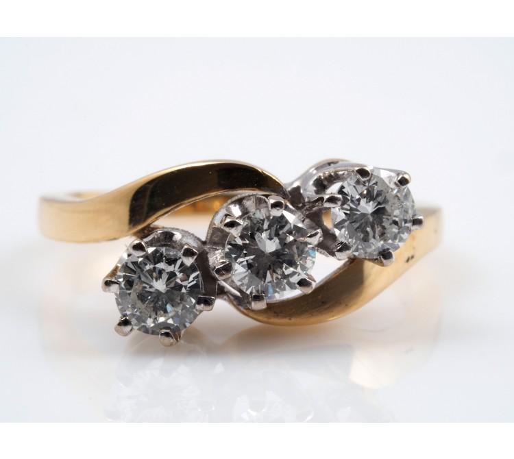 RING / 1,00 Karat BRILLANTEN / 750 GOLD / DEUTSCHLAND / WERT: ca. 4.100,- EUR
