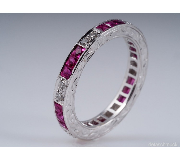 vintage Memory Ring mit Briillanten und Rubinen 750 Weiss Gold
