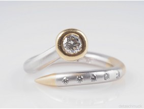 Designer Ring mit Brillanten 950 Platin und 750 Gold Wert: ca. 2.250,- EUR