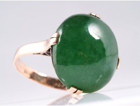 antiker Ring mit unbehandelter Jade Jadeit / 585 Gold / DSEF Expertise