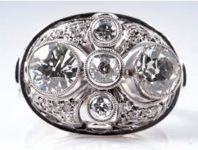 antiker Ring 2,60 Karat Diamanten 750 Gold um 1920