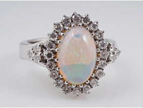 Ring 3,30 Karat Brillanten australischer Voll Opal 750 Gold Wert: 2.700,- EUR