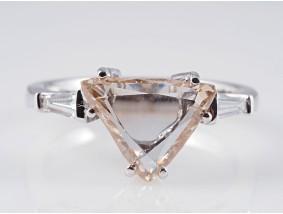 Ring 1,60 Karat Solitär Diamant 0,27 Karat Diamanten 750 Gold 18 Karat