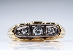 antiker RING mit BRILLANTEN / 585 GOLD PLATIN / um 1950 - 1960