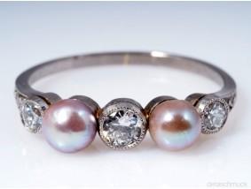 antiker Ring Diamanten Natur Perlen 950 Platin