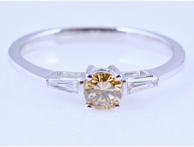Verlobung Ring 0,26 Karat Brillant 0,13 Karat Diamanten 750 Gold IGI Expertise