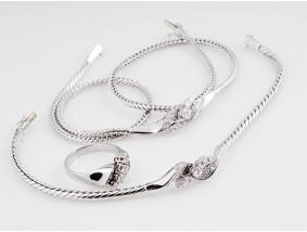 Set Ring Kette Armband Brillanten Diamanten 750 Gold Wert: ca. 6.500,- EUR
