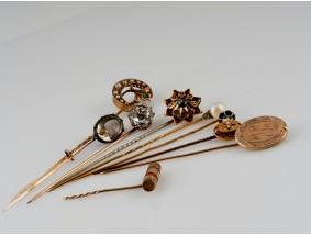 LOT von 9 antiken GOLD KRAWATTEN NADELN / DIAMANTEN PERLEN FARBSTEINE