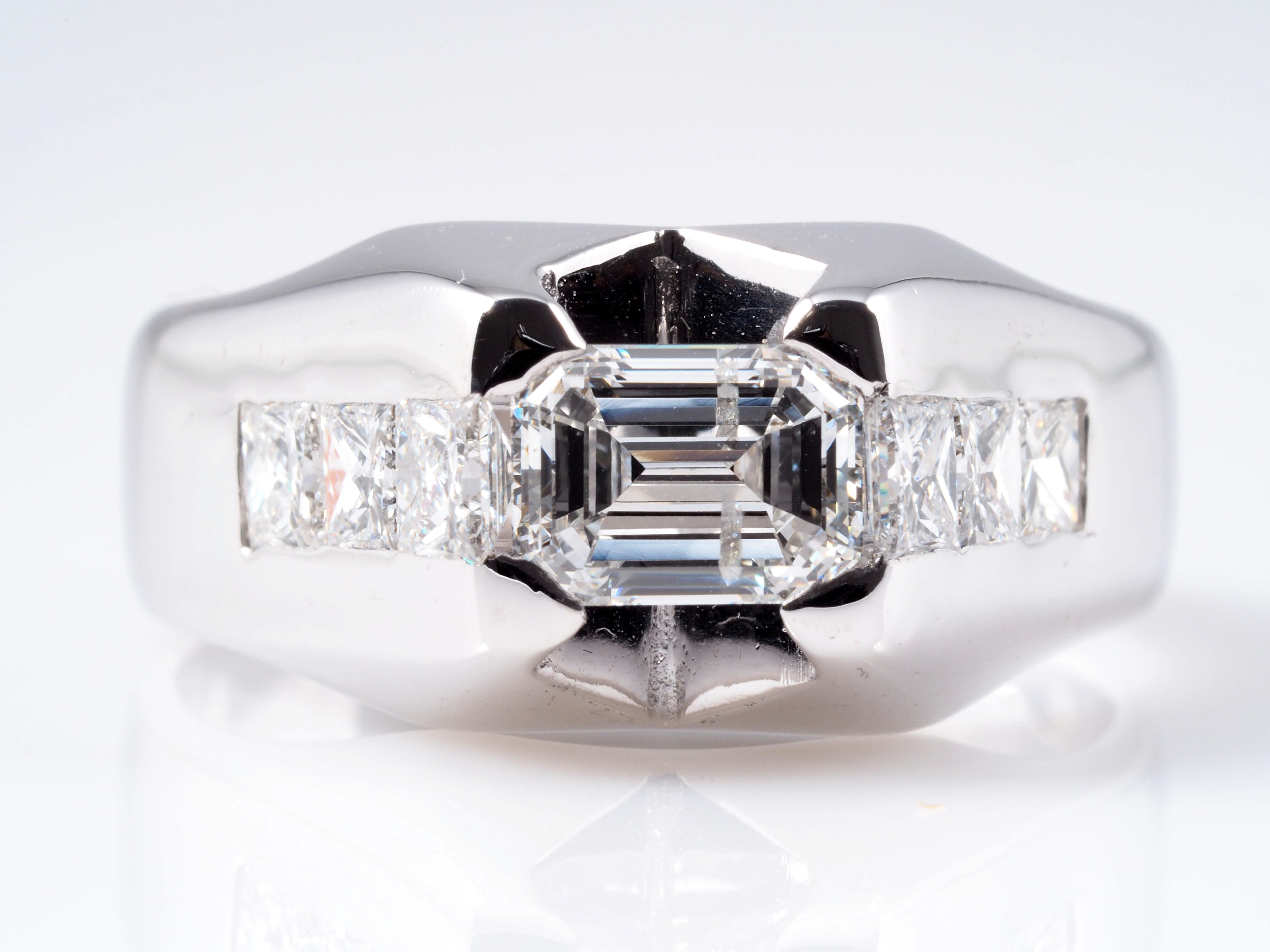 ring mit 1 92 karat solit r diamant und diamanten 750 gold wert eur ebay. Black Bedroom Furniture Sets. Home Design Ideas