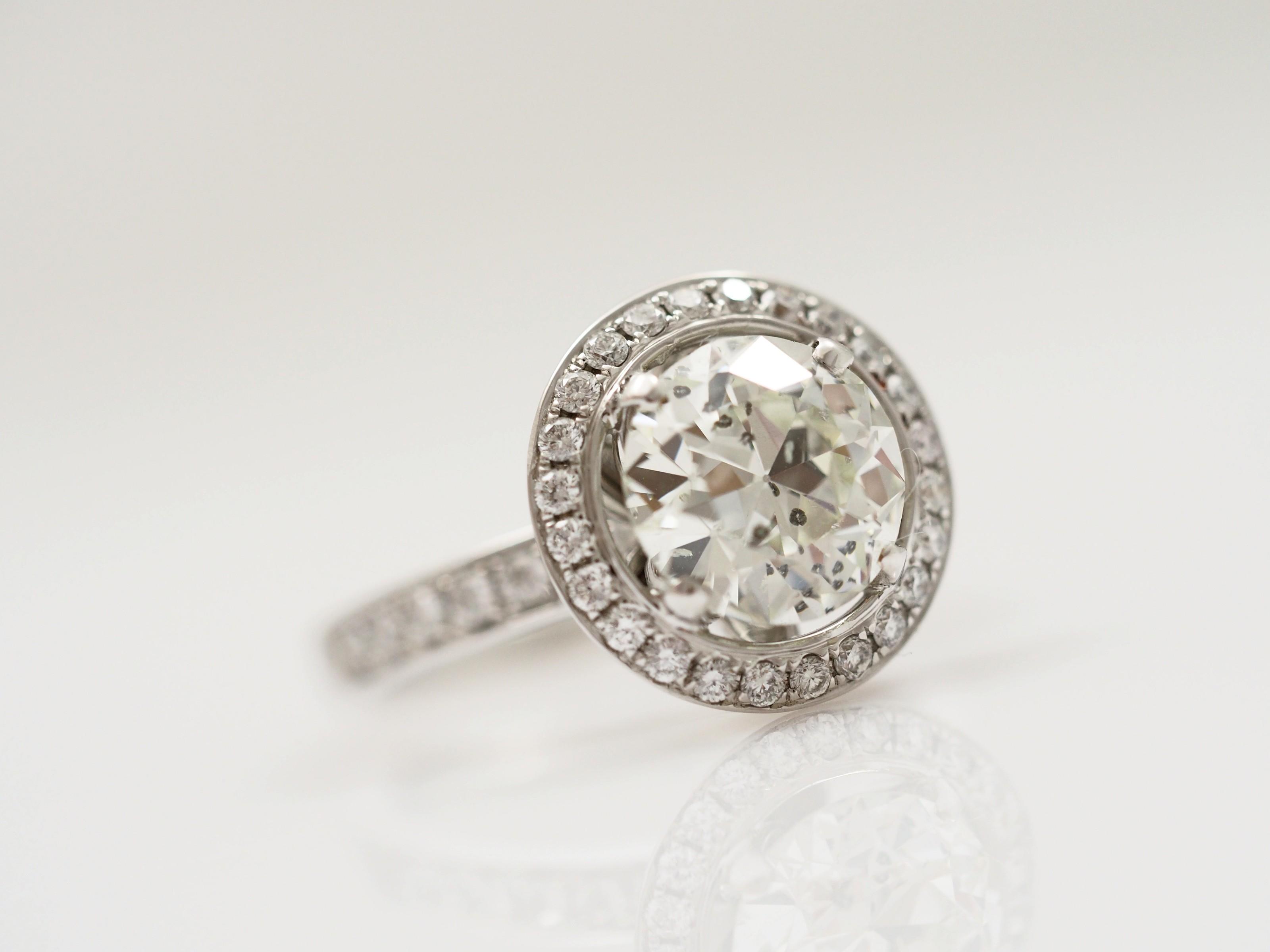 ring mit 3 37 karat solit r brillanten 750 gold wert eur ebay. Black Bedroom Furniture Sets. Home Design Ideas