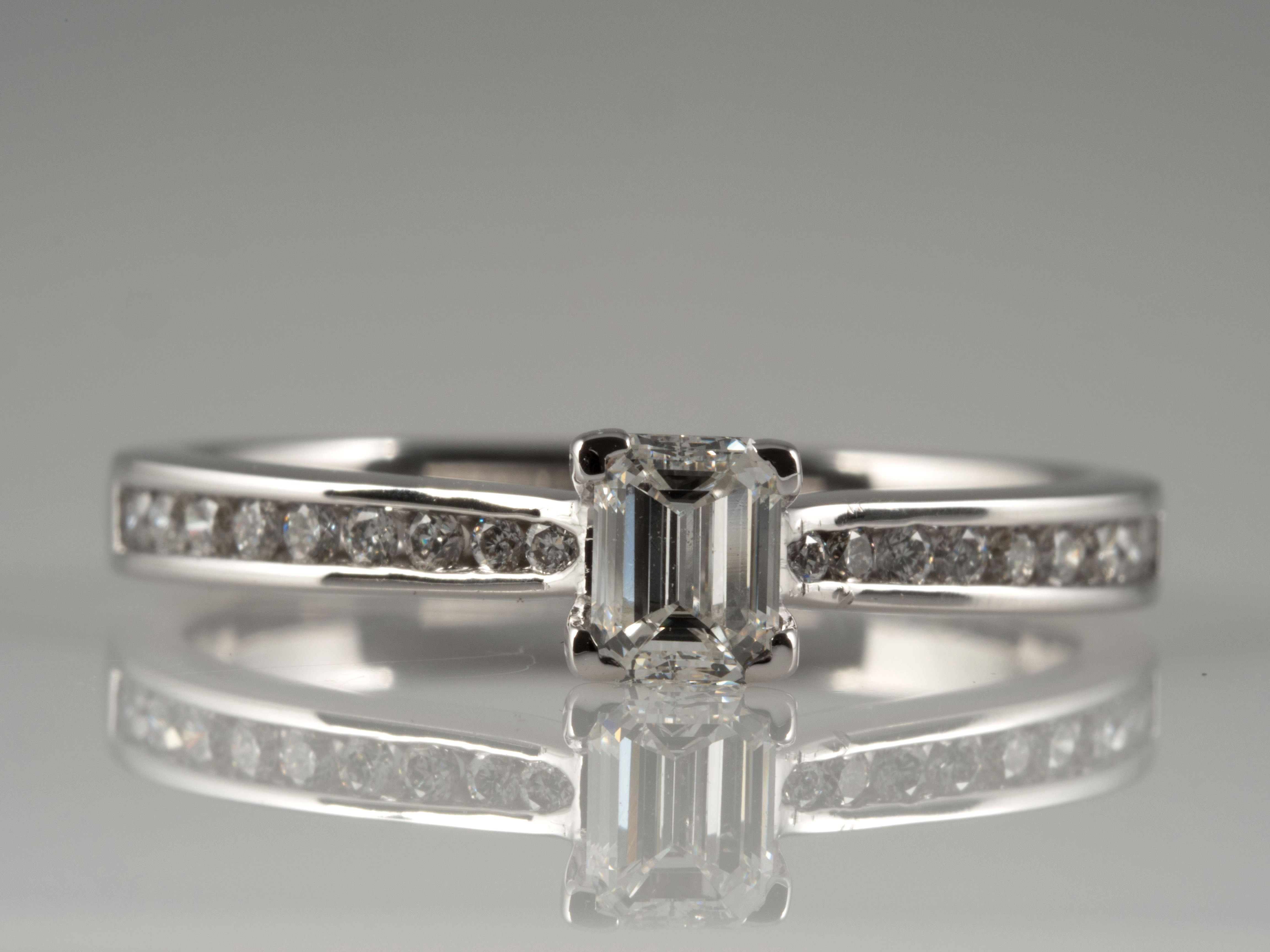 verlobung ring brillanten solit r diamant 750 gold wert eur ebay. Black Bedroom Furniture Sets. Home Design Ideas